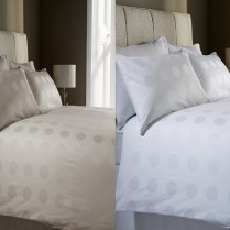 100% Cotton 400 Thread Count Polka Spot Jacquard Duvet Cover Set